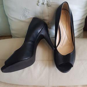 Andrew Geller black heels
